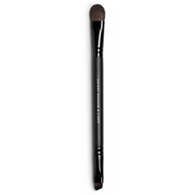 expert-shadow-liner-brush