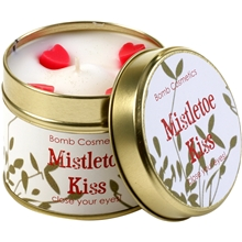 Mistletoe Kiss Candle - Close Your Eyes