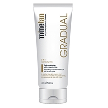 Everyday Glow Gradual Tan Moisturiser
