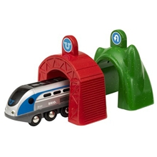 BRIO 33834 Smart Engine Action Tunnel